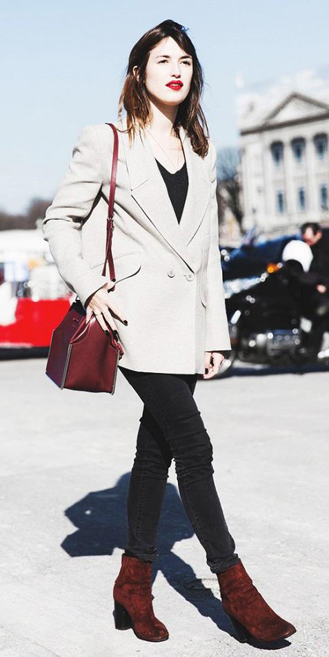black-skinny-jeans-black-tee-o-tan-jacket-blazer-boyfriend-burgundy-bag-fall-winter-burgundy-shoe-booties-brun-lunch.jpg