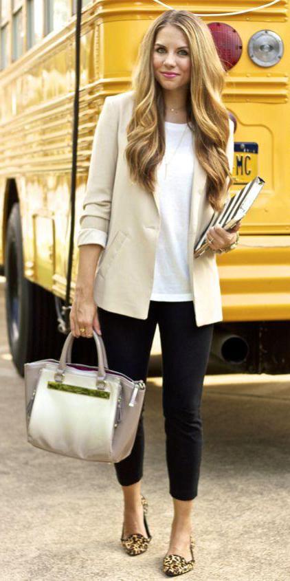 black-skinny-jeans-white-tee-o-tan-jacket-blazer-howtowear-style-fashion-spring-summer-tan-shoe-flats-leopard-white-bag-hairr-work.jpg
