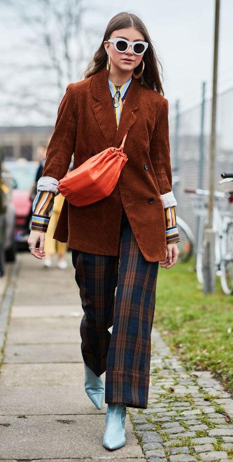 blue-navy-wideleg-pants-plaid-camel-jacket-blazer-corduroy-orange-bag-sun-hairr-blue-shoe-booties-hoops-fall-winter-lunch.jpg