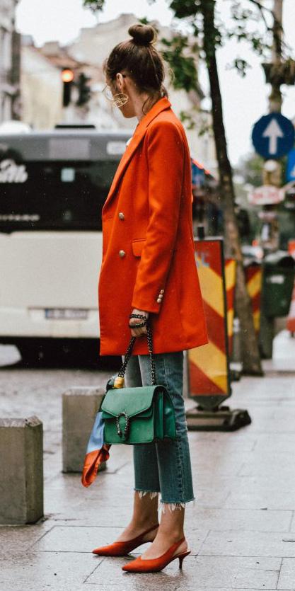 blue-light-skinny-jeans-green-bag-bun-orange-shoe-pumps-slingback-orange-jacket-blazer-boyfriend-fall-winter-hairr-lunch.jpg