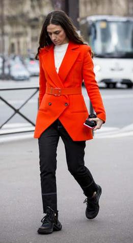 black-skinny-jeans-white-tee-orange-jacket-blazer-hairr-black-shoe-sneakers-fall-winter-work.jpg