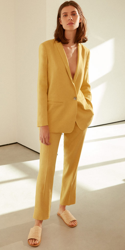 yellow-slim-pants-suit-hairr-yellow-shoe-sandals-slides-yellow-jacket-blazer-spring-summer-lunch.jpg