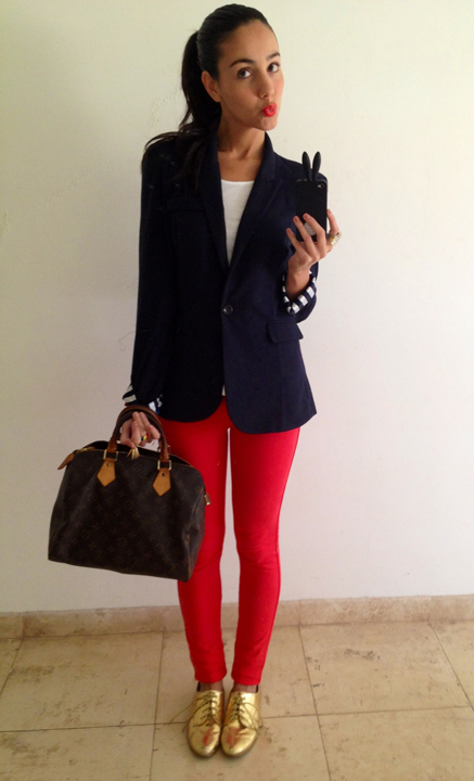 red-skinny-jeans-white-tee-blue-navy-jacket-blazer-howtowear-fashion-style-outfit-spring-summer-tan-shoe-brogues-brown-bag-pony-metallic-brun-work.jpg