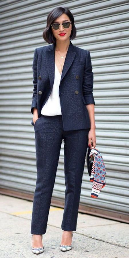 what-to-wear-for-a-fall-wedding-guest-outfit-blue-navy-slim-pants-suit-white-cami-brun-sun-bob-blue-navy-jacket-blazer-dinner.jpg
