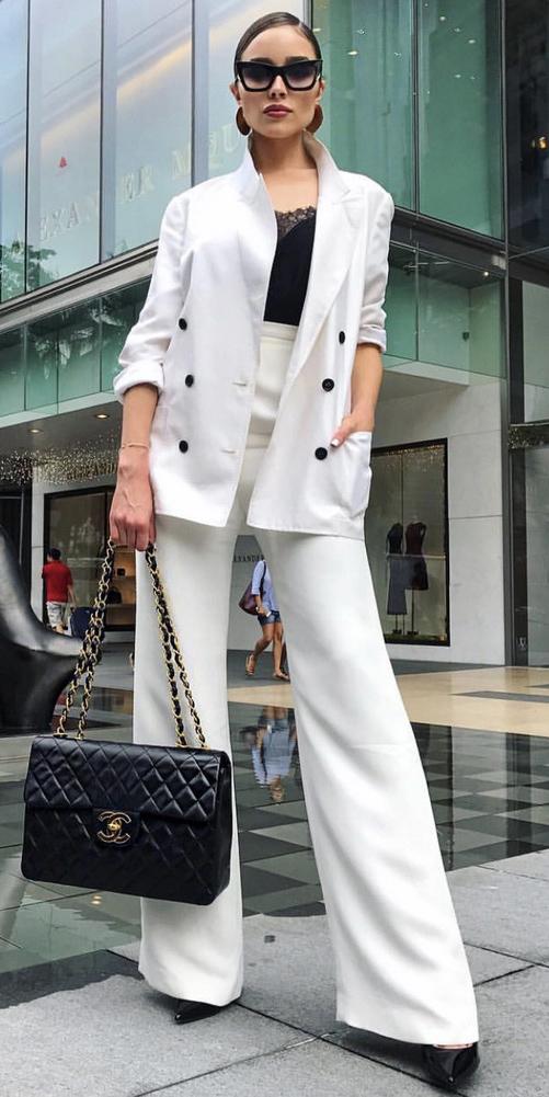 white-wideleg-pants-white-jacket-blazer-suit-black-bag-earrings-hairr-sun-black-shoe-pumps-black-cami-fall-winter-work.jpg
