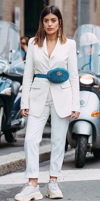white-slim-pants-suit-blue-bag-fannypack-hairr-earrings-white-shoe-sneakers-white-jacket-blazer-spring-summer-lunch.jpg
