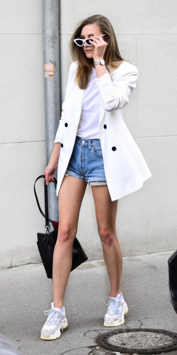 blue-light-shorts-denim-white-tee-white-jacket-blazer-black-bag-sun-blonde-white-shoe-sneakers-watch-spring-summer-weekend.jpg