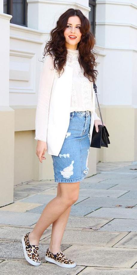 blue-light-mini-skirt-denim-white-top-lace-white-jacket-blazer-tan-shoe-sneakers-leopard-print-black-bag-hairr-spring-summer-lunch.jpg