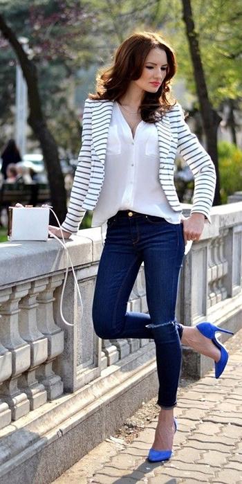 blue-navy-skinny-jeans-white-top-blouse-white-jacket-blazer-stripe-blue-shoe-pumps-brun-spring-summer-dinner.jpg