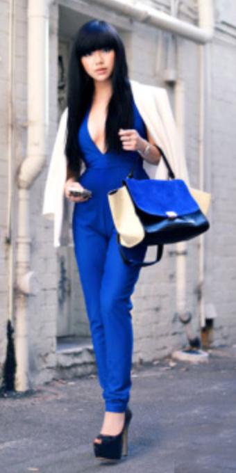 blue-navy-jumpsuit-white-jacket-blazer-brun-fall-winter-black-shoe-pumps-wear-fashion-style-cobalt-lowcut-deepvneck-blue-bag-dinner.jpg