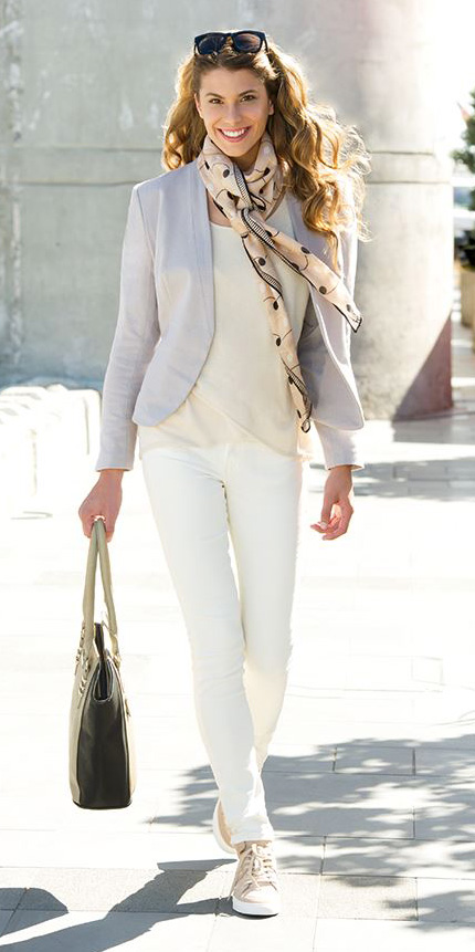white-skinny-jeans-white-tee-tan-scarf-print-grayl-jacket-blazer-tan-shoe-sneakers-tan-bag-tote-howtowear-fashion-style-outfit-spring-summer-hairr-lunch.jpg