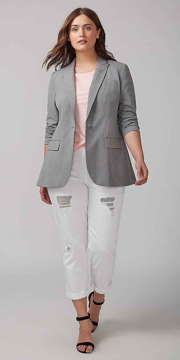 white-boyfriend-jeans-pink-light-tee-black-shoe-sandalh-grayl-jacket-blazer-boyfriend-spring-summer-hairr-lunch.jpg
