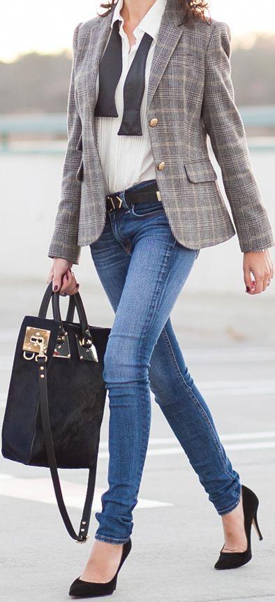 blue-med-skinny-jeans-white-top-blouse-plaid-black-shoe-pumps-black-bag-grayl-jacket-blazer-boyfriend-fall-winter-work.jpg