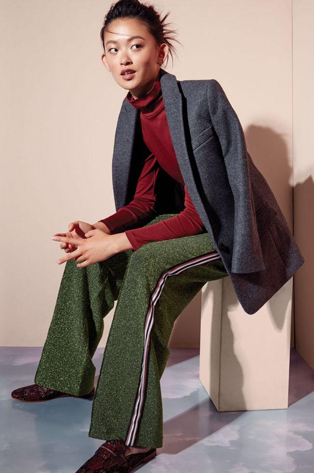 green-olive-wideleg-pants-tweed-trackpants-burgundy-tee-turtleneck-brun-grayd-jacket-blazer-burgundy-shoe-loafers-fall-winter-work.jpg