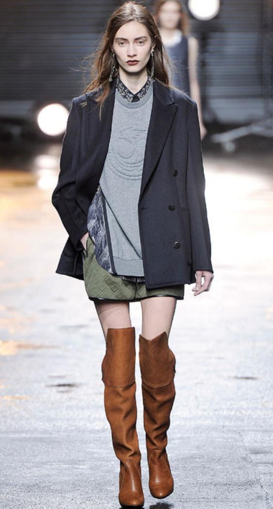 green-olive-mini-skirt-grayl-sweater-grayd-jacket-blazer-boyfriend-earrings-wear-style-fashion-fall-winter-cognac-shoe-boots-hairr-lunch.jpg