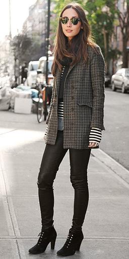 black-leggings-black-tee-stripe-grayd-jacket-blazer-boyfriend-houndstooth-sun-black-shoe-booties-wear-outfit-fashion-fall-winter-layer-black-brun-work.jpg