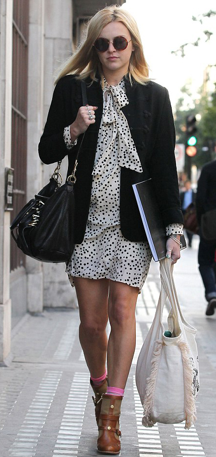 white-dress-zprint-dot-black-jacket-blazer-cognac-shoe-booties-socks-black-bag-sun-mini-wear-style-fashion-fall-winter-fearnecotton-celebrity-blonde-work.jpg