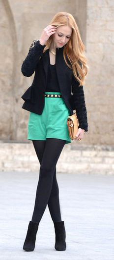 green-emerald-shorts-black-tee-black-jacket-blazer-black-tights-black-shoe-booties-tan-bag-clutch-necklace-howtowear-fashion-style-outfit-blonde-fall-winter-dinner.jpeg
