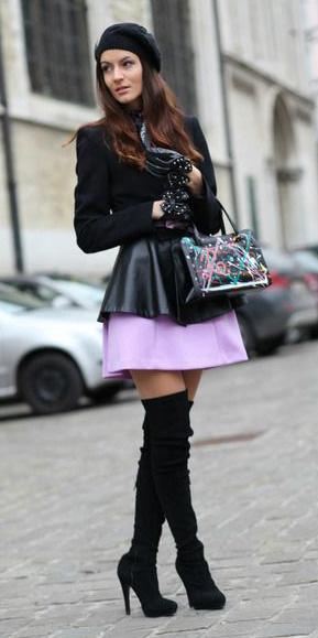purple-light-mini-skirt-black-jacket-blazer-gloves-beanie-black-bag-black-shoe-boots-otk-fall-winter-brun-lunch.jpg