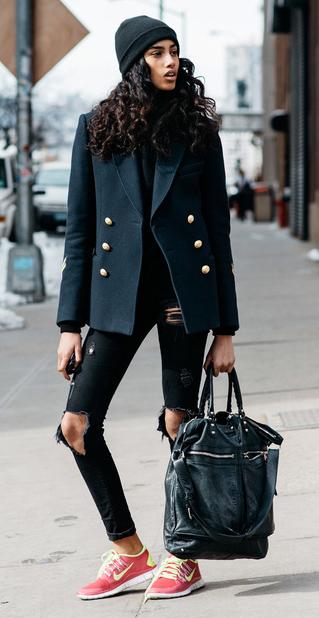 black-skinny-jeans-red-shoe-sneakers-black-bag-black-jacket-blazer-brun-beanie-fall-winter-weekend.jpg