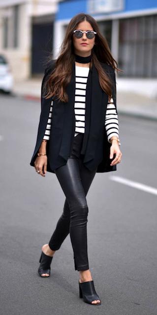 black-leggings-black-tee-stripe-choker-leather-black-shoe-sandalh-mules-black-jacket-blazer-cape-sun-fall-winter-brun-lunch.jpg