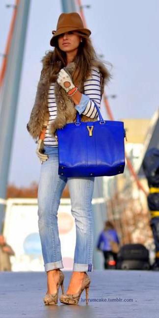 blue-light-boyfriend-jeans-tan-vest-fur-blue-bag-tan-shoe-pumps-hat-blue-navy-tee-stripe-fall-winter-hairr-lunch.jpg