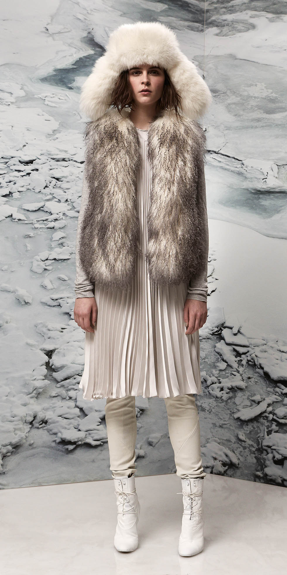white-vest-fur-fuzz-white-shoe-booties-layer-fall-winter-hairr-lunch.jpg