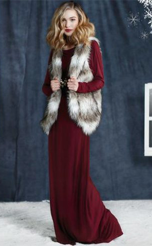 r-burgundy-dress-white-vest-fur-howtowear-fashion-style-outfit-fall-winter-maxi-christmas-holidays-blonde-dinner.jpg