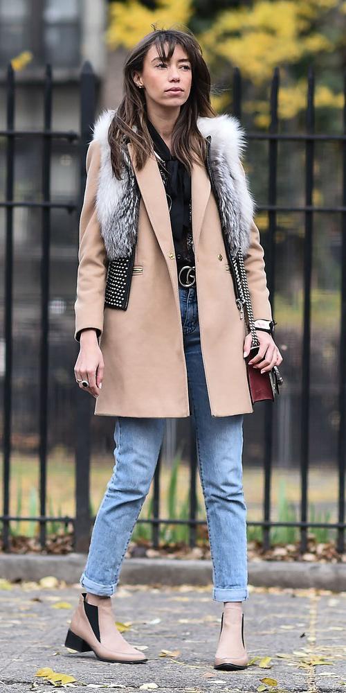 blue-light-skinny-jeans-white-vest-fur-layer-tan-jacket-coat-tan-shoe-booties-fall-winter-hairr-lunch.jpg