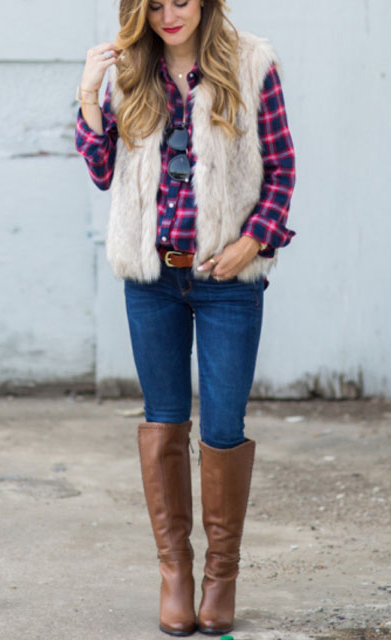 blue-navy-skinny-jeans-red-plaid-shirt-white-vest-fur-howtowear-fashion-style-outfit-fall-winter-cognac-shoe-boots-belt-hairr-weekend.jpg