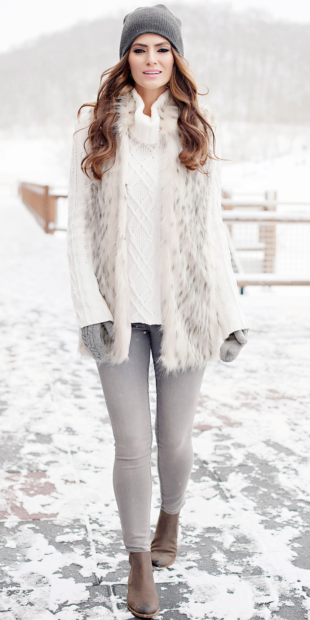 grayl-skinny-jeans-white-sweater-howtowear-fashion-style-outfit-fall-winter-white-vest-fur-turtleneck-cableknit-beanie-brown-shoe-booties-gloves-mono-hairr-lunch.jpg