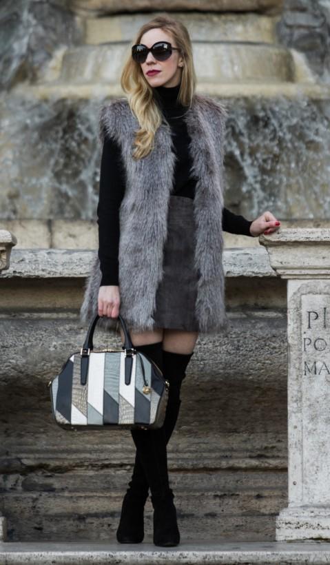 grayd-mini-skirt-black-sweater-turtleneck-grayl-vest-fur-white-bag-blonde-sun-black-shoe-boots-otk-fall-winter-lunch.jpg