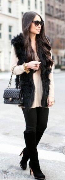 black-skinny-jeans-o-tan-sweater-black-vest-fur-howtowear-fashion-style-outfit-fall-winter-black-shoe-boots-black-bag-sun-brun-dinner.jpg