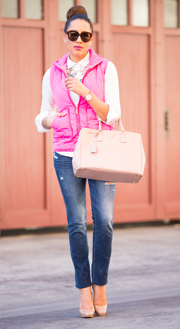 blue-med-skinny-jeans-white-collared-shirt-pink-magenta-vest-puffer-tan-bag-tote-sun-bun-pearl-studs-tan-shoe-pumps-howtowear-fashion-style-outfit-brun-fall-winter-lunch.jpg