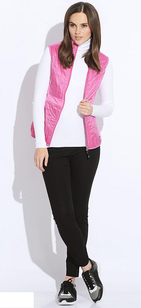 black-skinny-jeans-white-sweater-turtleneck-pink-magenta-vest-puffer-black-shoe-sneakers-howtowear-fashion-style-outfit-fall-winter-brun-weekend.jpg