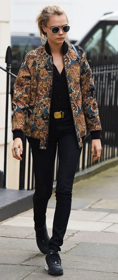 black-skinny-jeans-belt-tan-jacket-bomber-print-sun-black-shoe-sneakers-howtowear-fall-winter-blonde-lunch.jpg