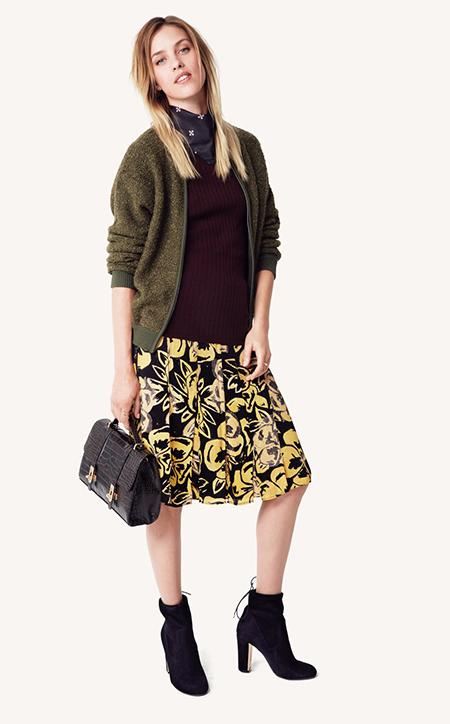 yellow-aline-skirt-print-burgundy-sweater-green-olive-jacket-bomber-black-scarf-neck-black-bag-fall-winter-blonde-lunch.jpg