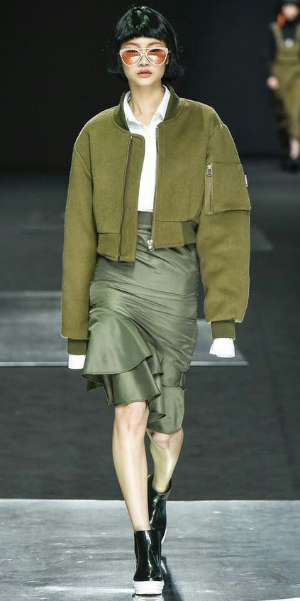 green-olive-pencil-skirt-white-collared-shirt-green-olive-jacket-bomber-brun-sun-black-shoe-booties-fall-winter-lunch.jpg