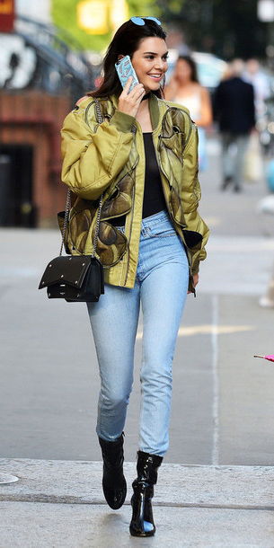 blue-light-skinny-jeans-green-olive-jacket-bomber-kendalljenner-black-shoe-booties-black-bag-street-fall-winter-brun-lunch.jpg