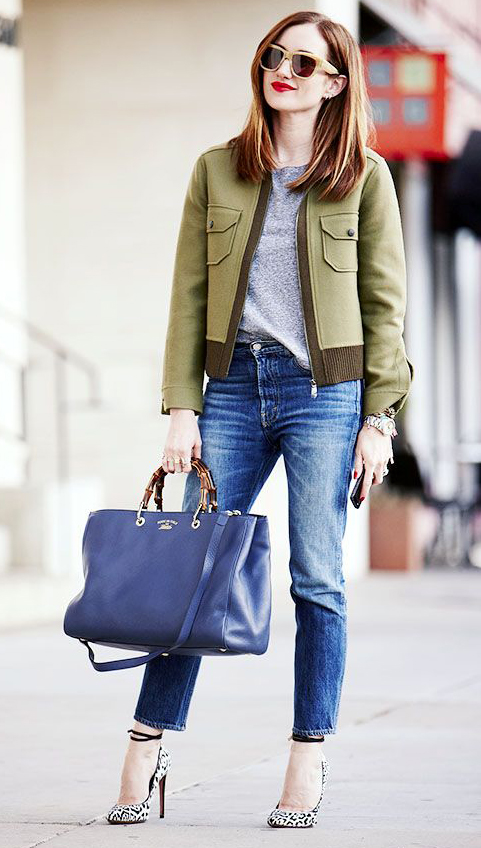 blue-med-skinny-jeans-grayl-tee-green-olive-jacket-bomber-white-shoe-pumps-blue-bag-sun-howtowear-fashion-style-outfit-spring-summer-hairr-lunch.jpg