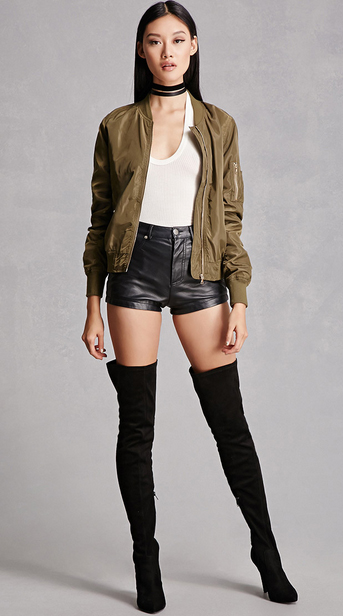 black-shorts-white-top-green-olive-jacket-bomber-black-shoe-boots-choker-forever21-howtowear-fashion-style-outfit-spring-summer-brun-dinner.jpg