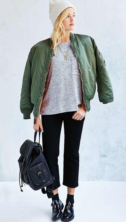 black-crop-jeans-grayl-tee-green-olive-jacket-bomber-black-shoe-brogues-socks-black-bag-pack-beanie-blonde-necklace-howtowear-fashion-style-fall-winter-weekend.jpg