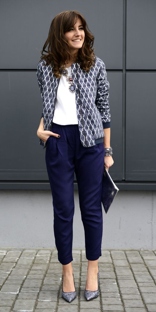 blue-navy-joggers-pants-white-tee-bib-necklace-hairr-gray-shoe-pumps-blue-navy-jacket-bomber-print-fall-winter-work.jpg