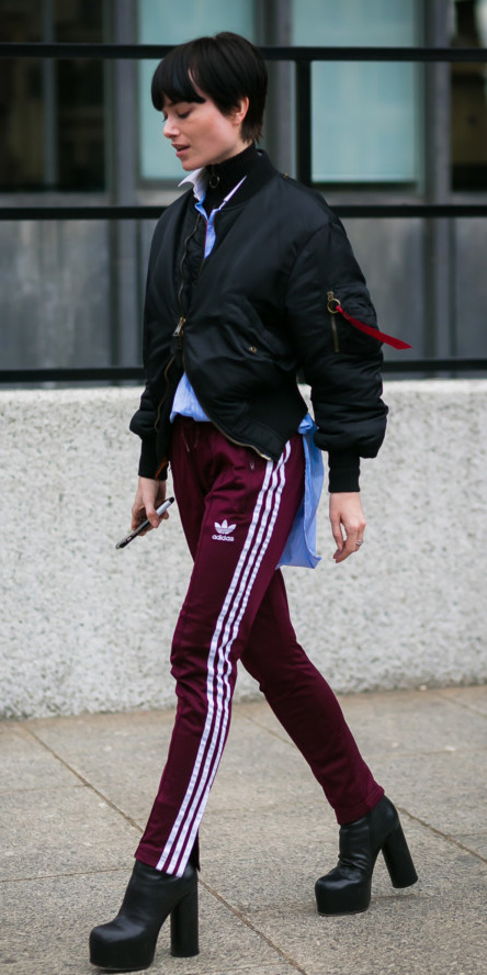 burgundy-slim-pants-trackpants-blue-light-collared-shirt-black-tee-turtleneck-layer-black-jacket-bomber-brun-black-shoe-booties-fall-winter-lunch.jpg