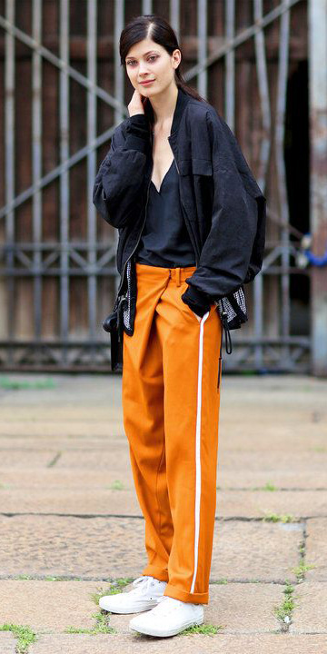 orange-chino-pants-black-jacket-bomber-brun-white-shoe-sneakers-fall-winter-weekend.jpg