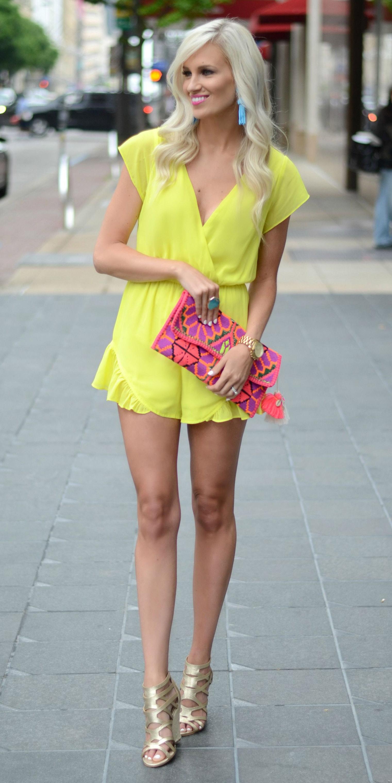 yellow-jumper-romper-pink-bag-clutch-earrings-blonde-spring-summer-dinner.jpg