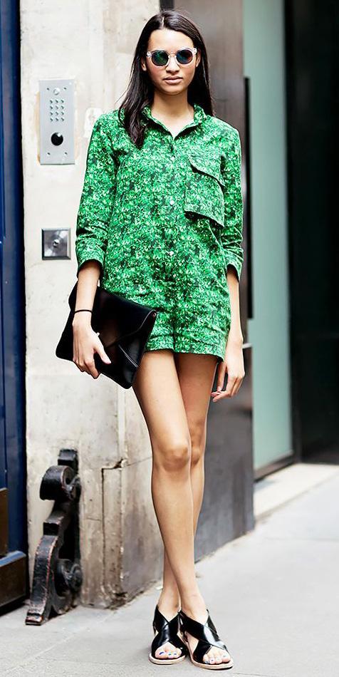 green-emerald-jumper-romper-sun-black-shoe-sandals-brun-spring-summer-lunch.jpg