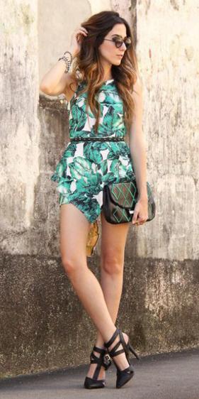 green-emerald-jumper-romper-print-belt-black-shoe-pumps-sun-hairr-spring-summer-dinner.jpg