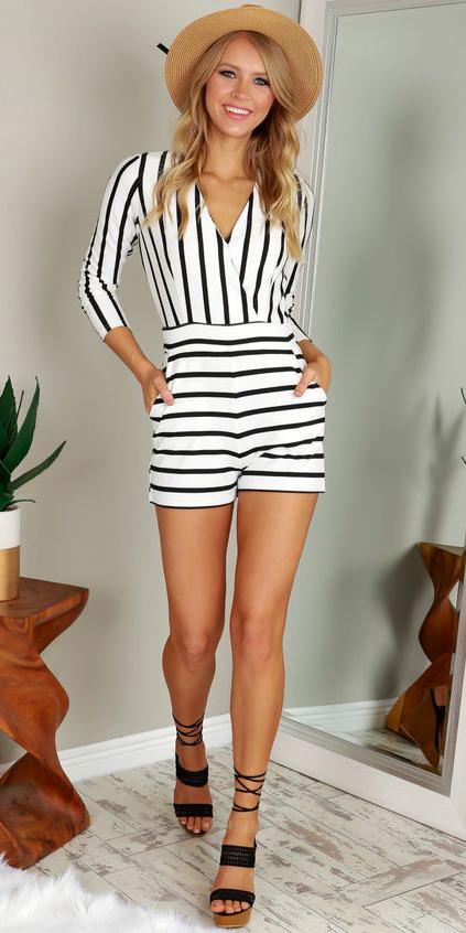 white-jumper-romper-black-shoe-sandalh-hat-stripe-spring-summer-lunch.jpg