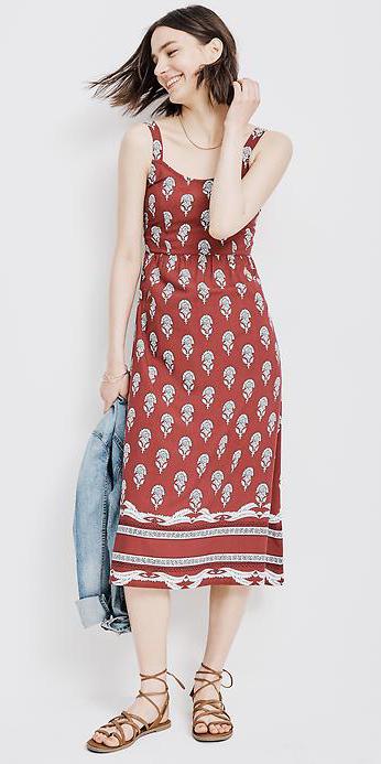 red-dress-zprint-graphic-blue-light-jacket-jean-tank-brown-shoe-sandals-midi-style-fashion-spring-summer-brunette-weekend.jpg